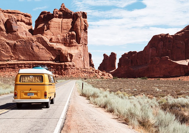 11 of USAs National Parks waiting for your adventures