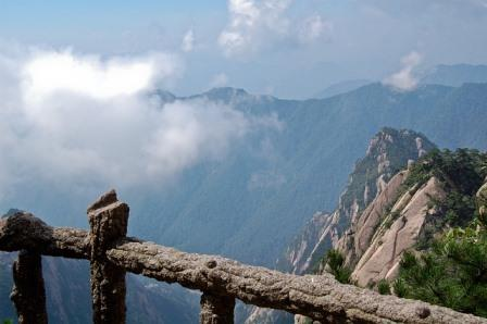 Mount Huashan, face one of most dangerous mountains in China