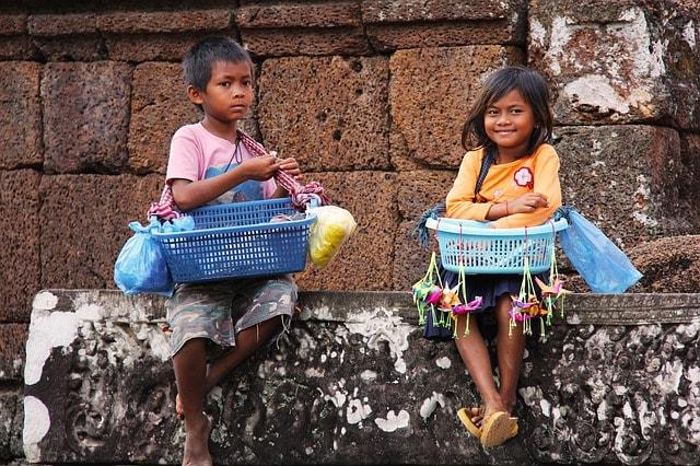 Buying souvenirs at the Angkor Wat temples