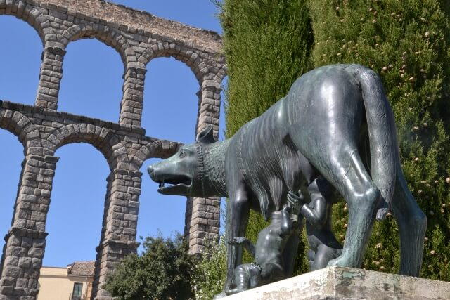 Segovia wolf statue of Romulus and Remus