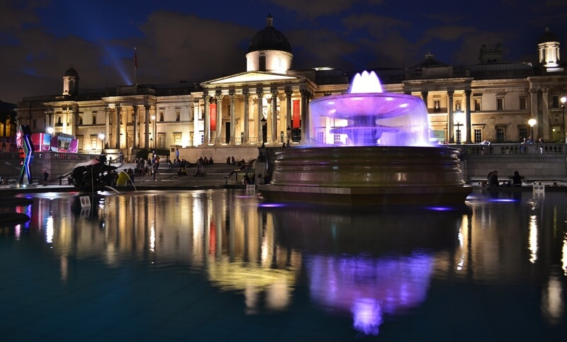 The NAtional Gallery is in Trafalgar Square