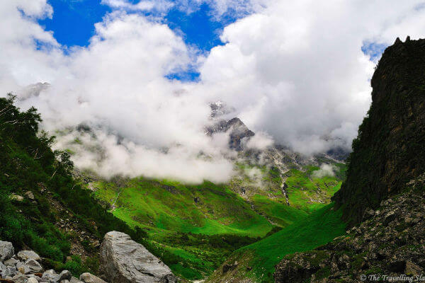 Hiking to the Valley of Flowers in Northern India