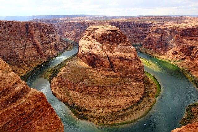 Horseshoe Bend is in Arizona USA