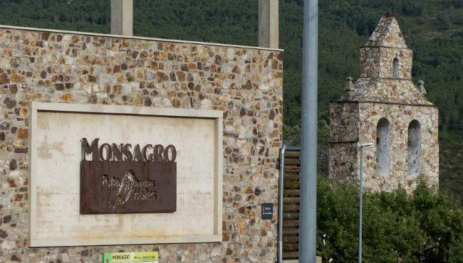 The village of Monsagro