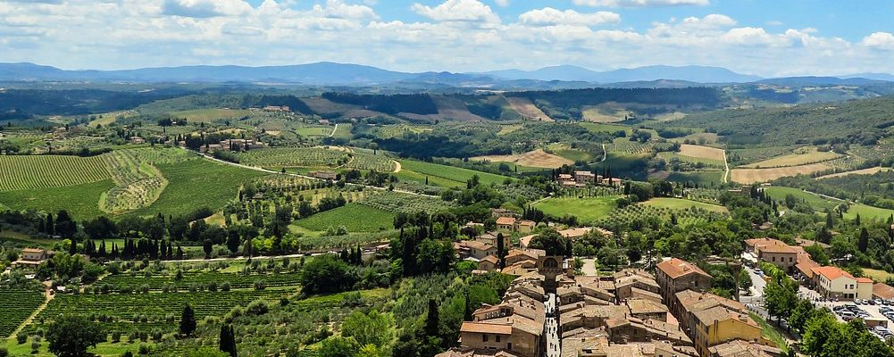 visiting san gimignano in the wine region of tuscany