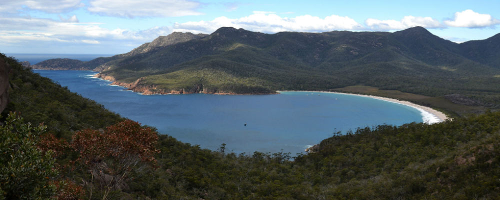 Visiting Wineglass Bay in Freycinet National Park