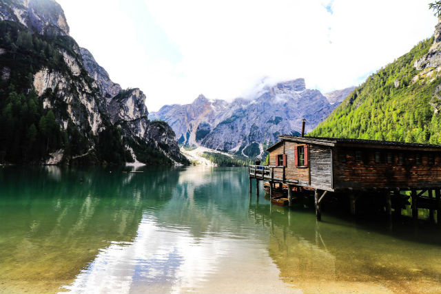 Visit the Dolomites for six days