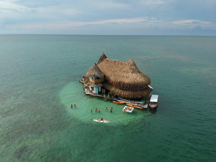 Visit the Casa En El Agua in Cartagena
