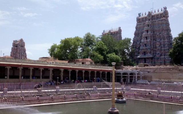Visiting the Meenakshi Temple in Madurai