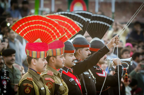 BSF and Pakistani soldiers at the flag lowering ceremony