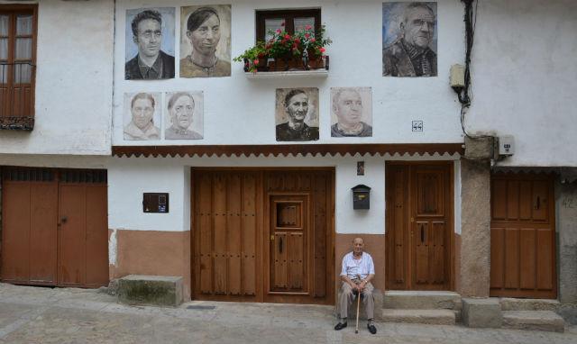 The paintings of Mogarraz