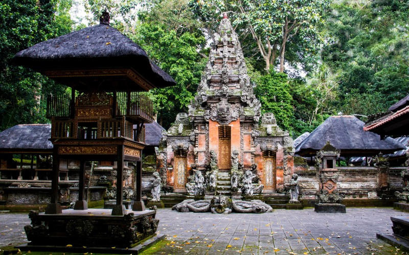 Picture of the temple in the Ubud Monkey Forest