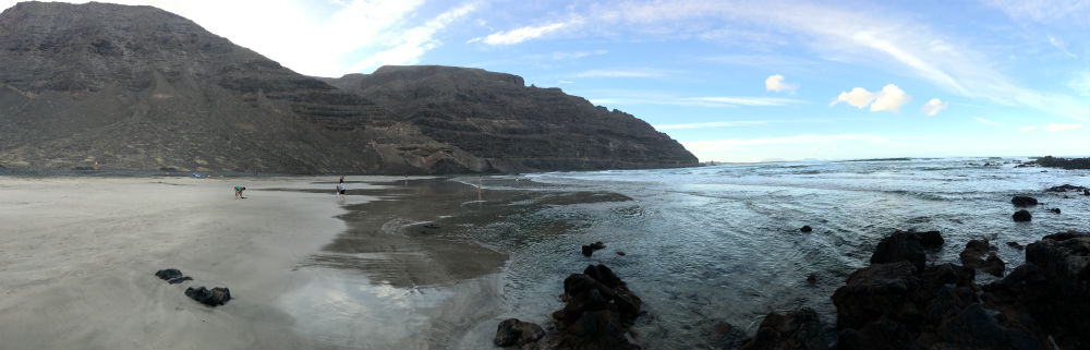 A hidden beach in Northern Lanzarote