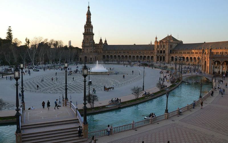 Plaza de España is a must see with a 2 Day Seville Itinerary