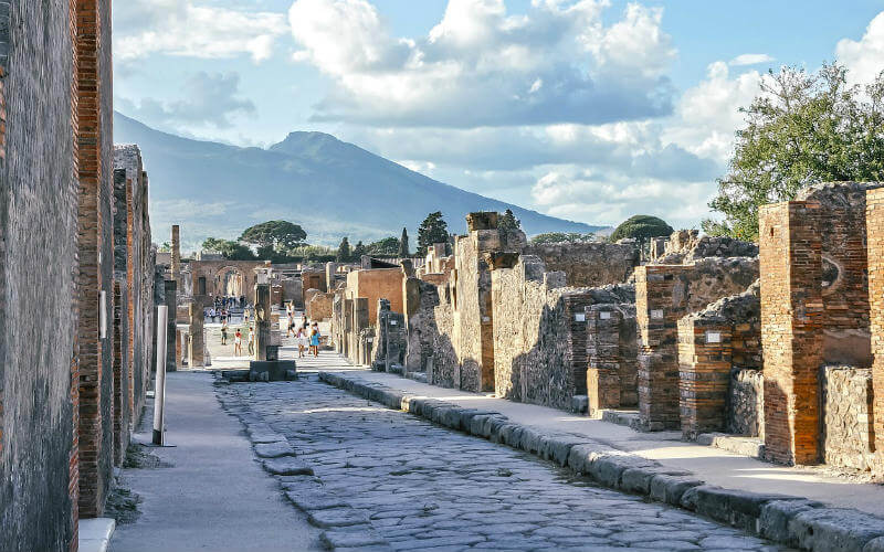 Ultimate guide to visiting Pompeii