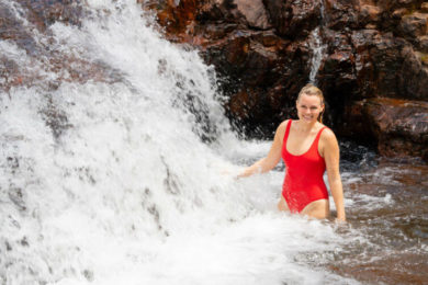 Swimming in nature and waterfalls in the Northern Territory