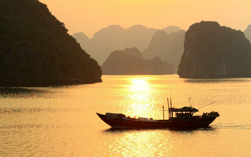 Visiting the best bays in Vietnam
