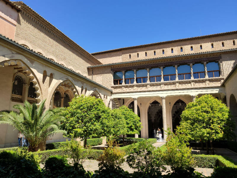 Classic style courtyard in the Aljafería Palace