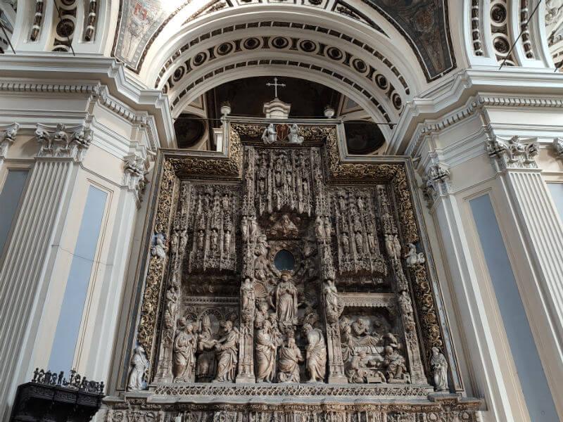 The altarpiece in the Basilica in Zaragoza