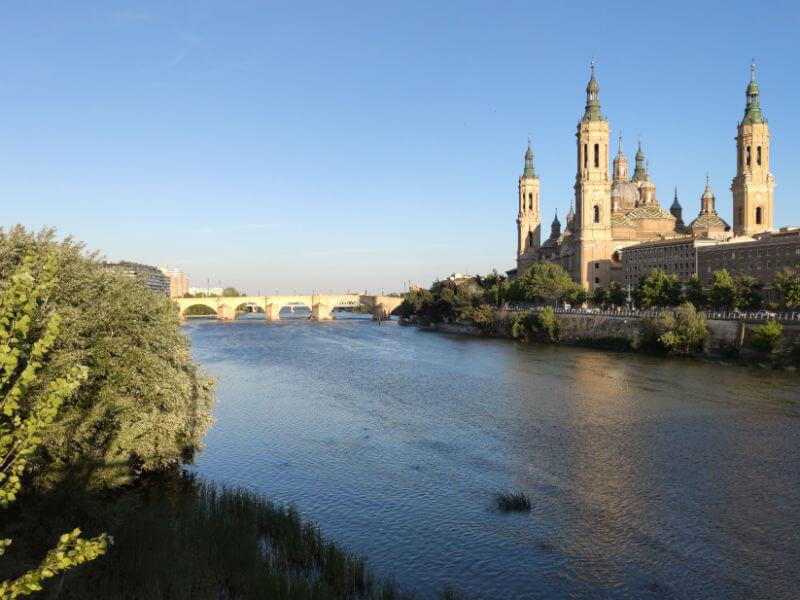 Looking bac to the Basílica de Nuestra Señora del Pilar over the Ebro river