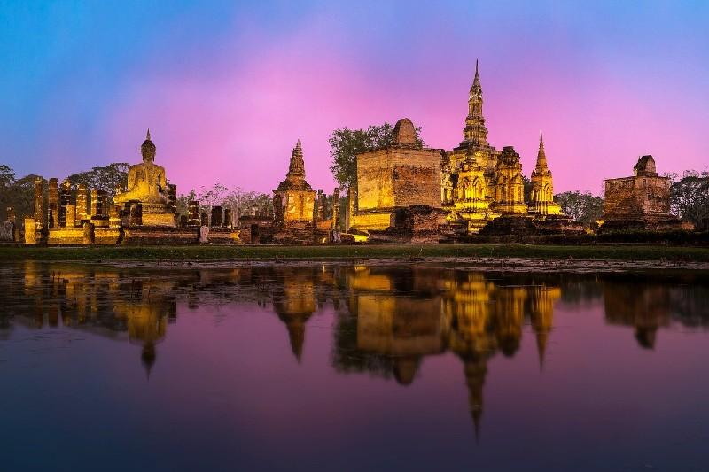 The ancient city of Ayutthaya at night