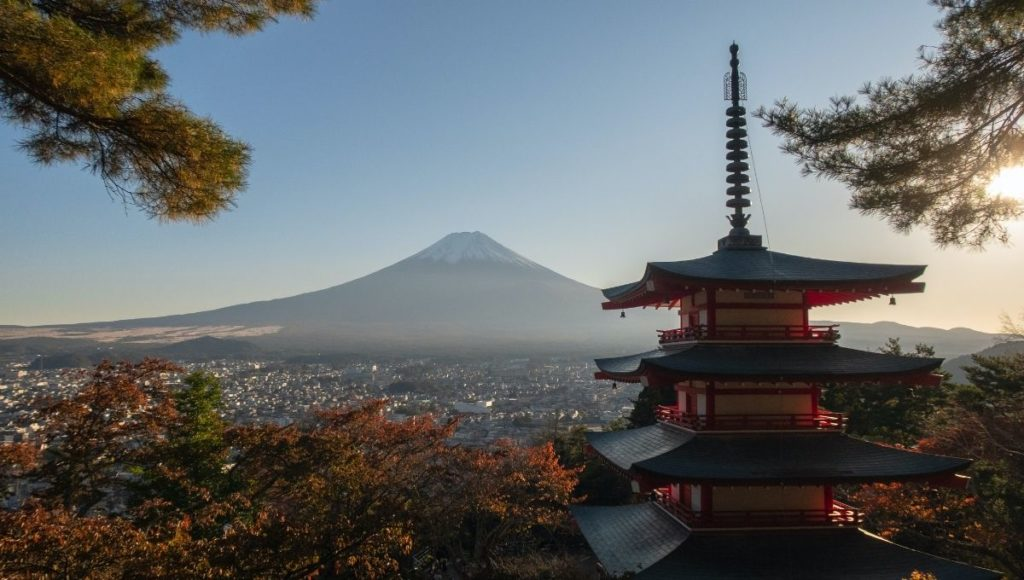 Chureito Pagoda with views of Mt Fuji in the background