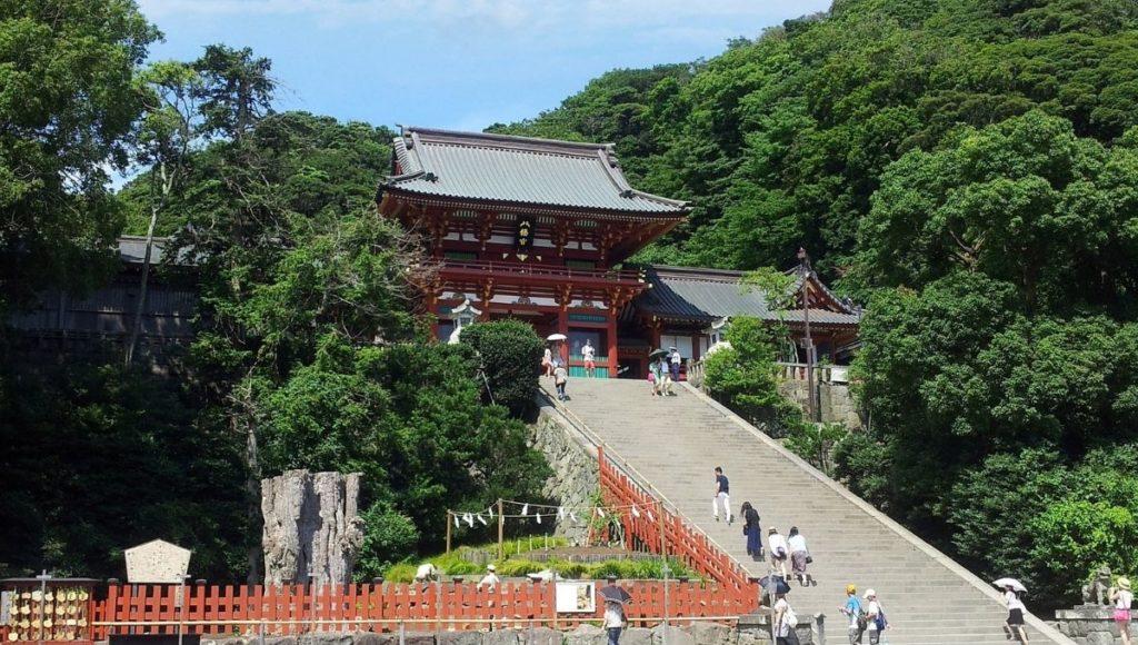 People climbing the stairs to Make a wish at Tsurugaoka Hachimangu Shrine
