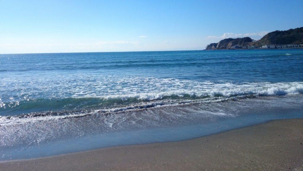 Waves at Yuigahama Beach