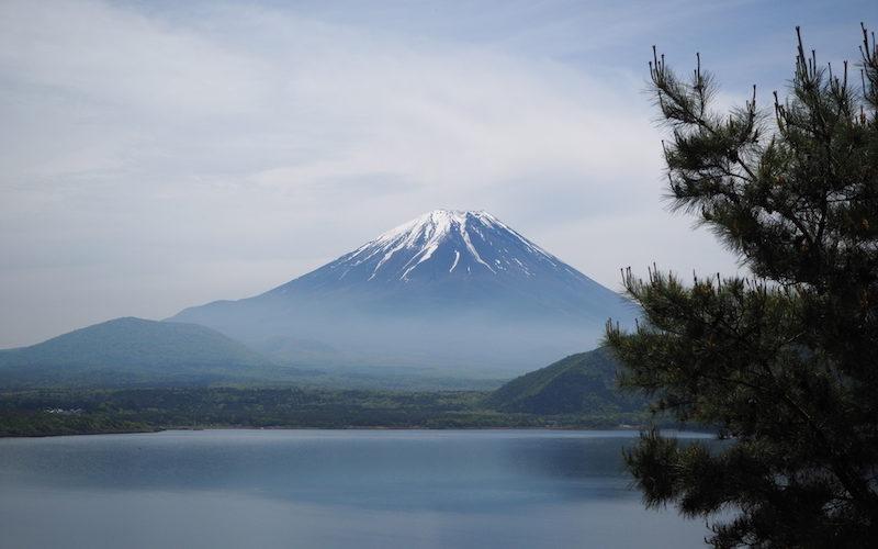 An iconic spot to view Mt Fuji close to Lake Motosuko