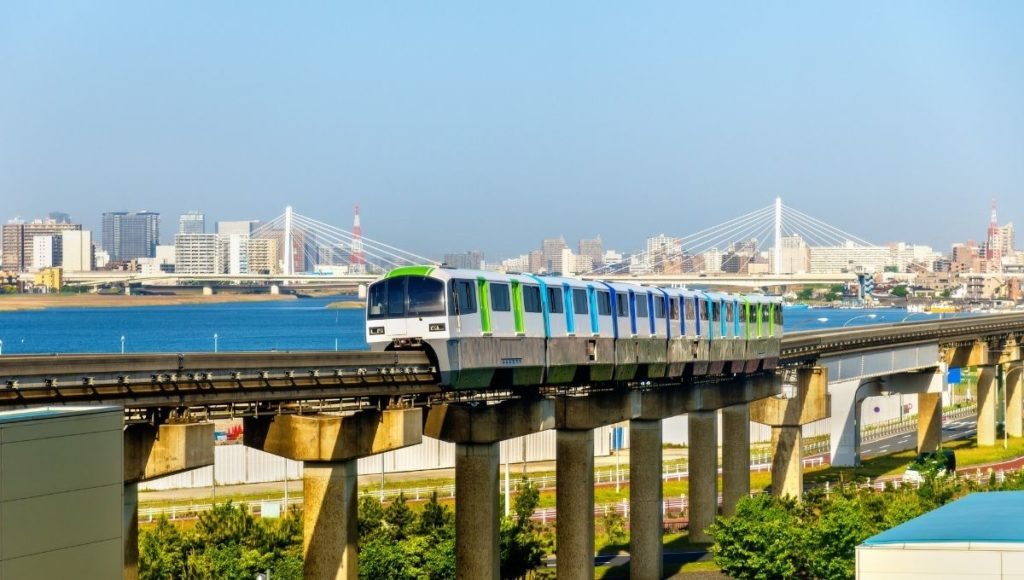 The monorail that runs from Tokyo Airport to City Center