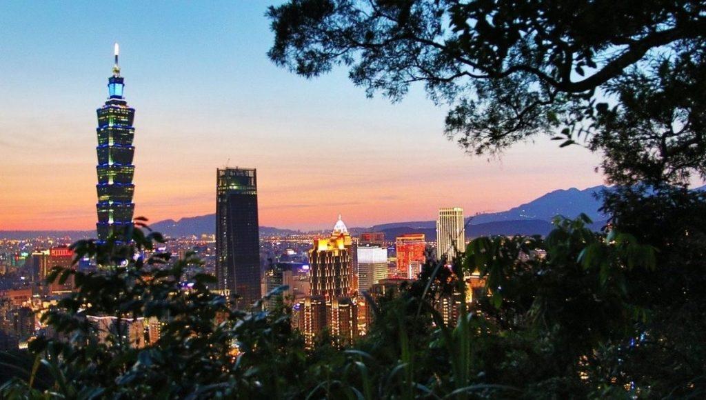 View of Taipei from Elephant Mountain