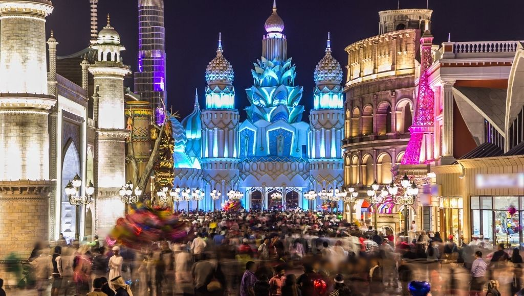 Many people have come to visit dubai global village